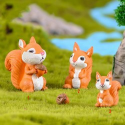 1 Pcs Cute Mini Fairy Garden Accessories Squirrel Animal Miniature Figurines Fairy Garden Ornaments Terrarium Decoration Accessories Resin Craft Supplies Fairy Garden Supply