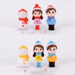 Winter Dress Lovers Snowman Boy Girl Studendt People Doll Toy Model Statue Figurine Ornament Miniatures Home Decor Wholesale Price Fairy Garden Supply