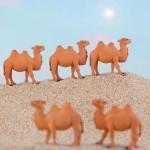 Cute Camel Miniature Figurines Animals Resin Craft Mini Desktop Ornaments Fairy Garden Micro Landscape Models Decoration 1PC