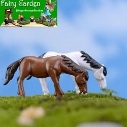 Miniature Fairy Garden Decoration Terrariums Fairy Garden Accessories Bonsai Emulational Mini New Style Horses  Small Horse PVC Doll Toy Figurine Plastic Animal