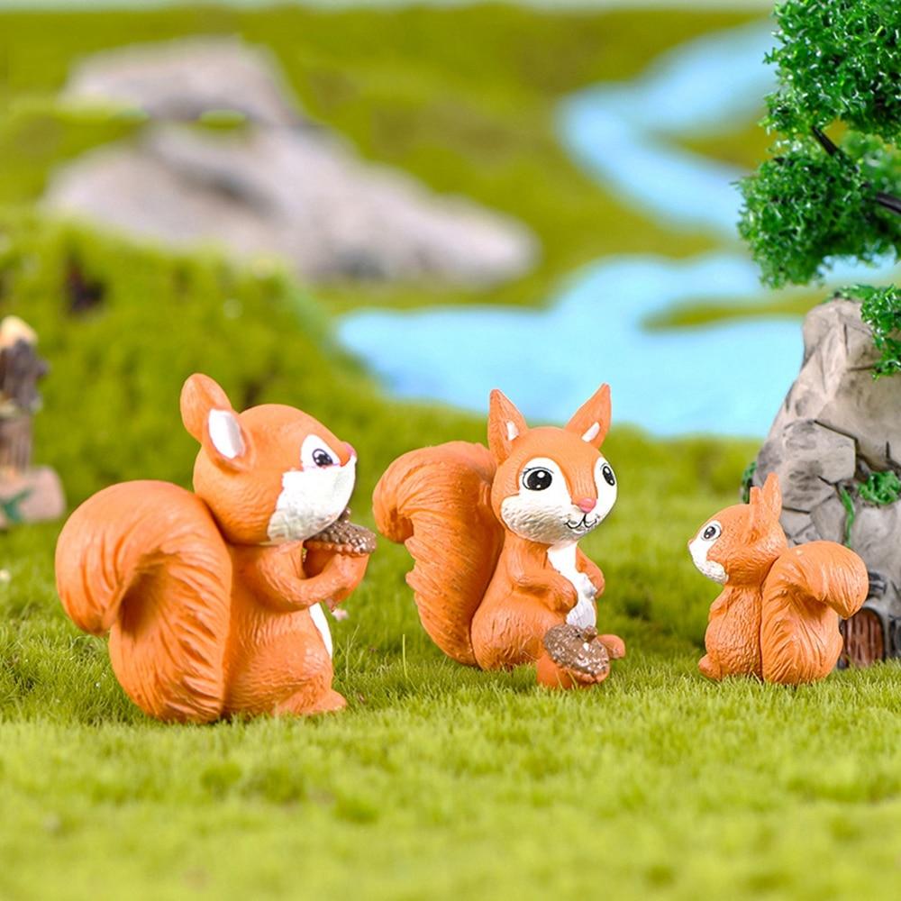 Squirrel Lifelike Fairy Garden Terrarium Lawn Balcony Decor Figurine Animal Toy